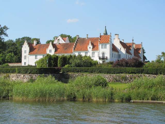news_2012_bosjkloster_castle